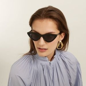Accessories - NWT Slim Retro Lolita cat eye trendy sunglasses